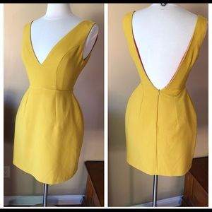 Great dress in gold/mustard